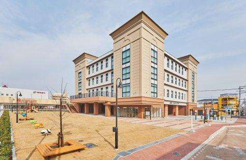 大和高田市市民交流センター「コスモスプラザ」の画像