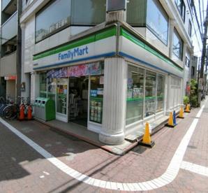ファミリーマート大田梅屋敷店の画像1