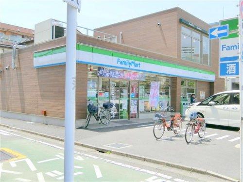 ファミリーマートタケウチ萩中環八通り店の画像