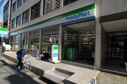 ファミリーマート南船場一丁目店の画像1
