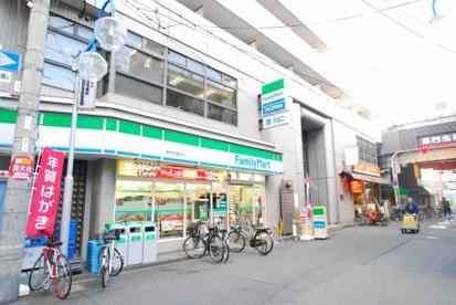 ファミリーマート黒門市場前店の画像1