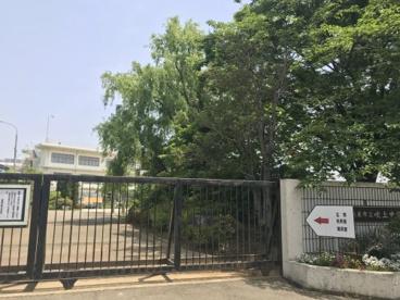 鴻巣市立吹上中学校の画像1