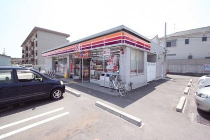 ファミリーマート葛城八川店の画像1