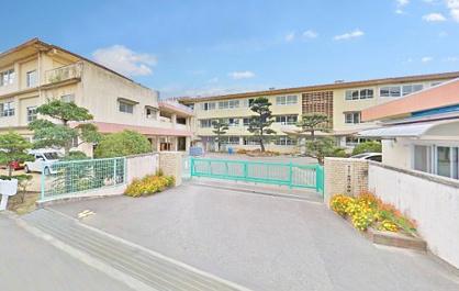 福山市立加茂小学校の画像1