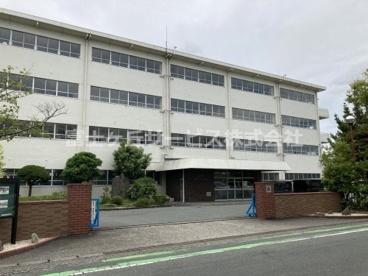 磐田市立磐田中部小学校の画像1