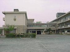 磐田市立磐田西小学校の画像2