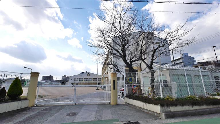 西灘小学校。の画像