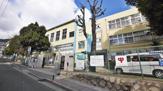上野中学校。