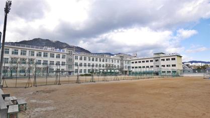 上野中学校。の画像2