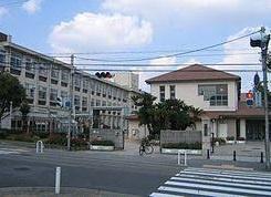 住吉小学校。の画像