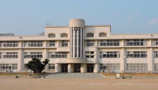 魚崎小学校。の画像