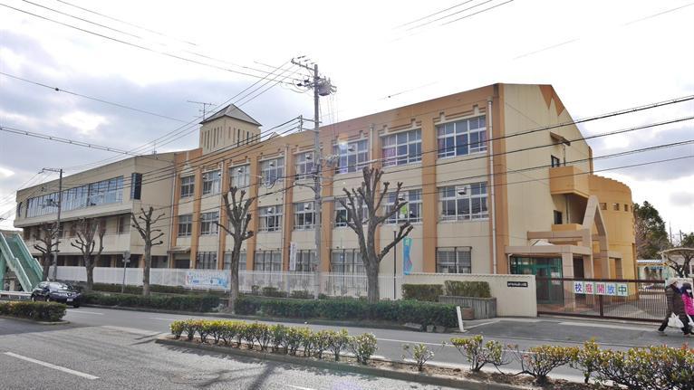 本山第三小学校。の画像