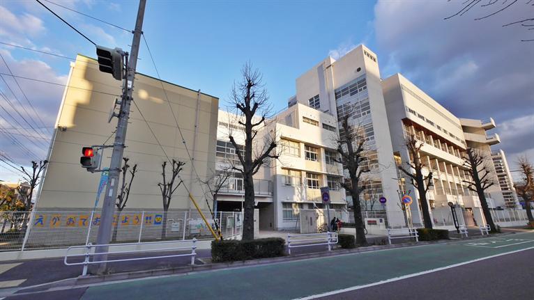 神戸市立東灘小学校。の画像