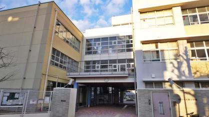 神戸市立東灘小学校。の画像3