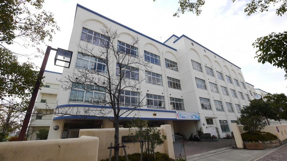 本山中学校。の画像