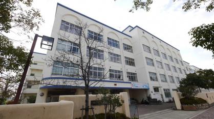 本山中学校。の画像1