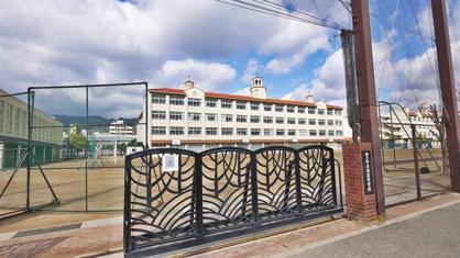 本庄中学校。の画像2