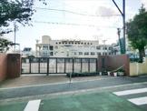 宮本小学校。