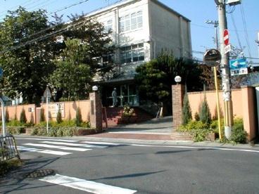 京都市立勧修小学校の画像1