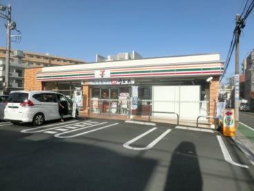 セブンイレブン 板橋仲町店の画像1
