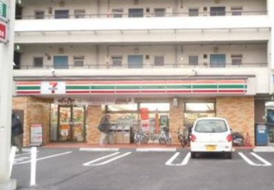 セブンイレブン東菅野店の画像1