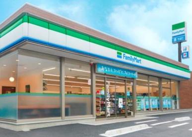 ファミリーマート徳島金沢店の画像1