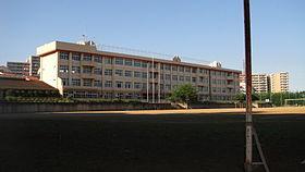 八王子市立宮上中学校の画像1
