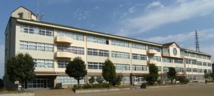 八王子市立上柚木中学校の画像1