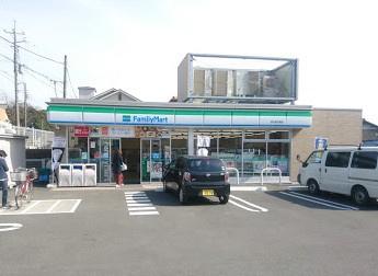 ファミリーマート市川宮久保店の画像1