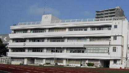 麻布中学校・高等学校の画像1