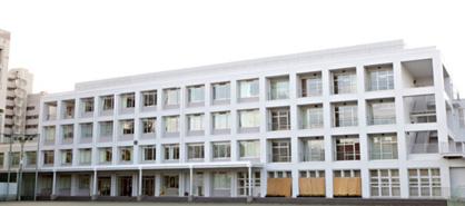 港区立三田中学校の画像1