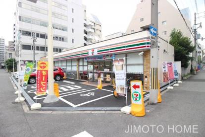 セブンイレブン大阪京町堀3丁目店の画像1
