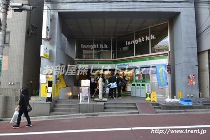 ファミリーマート 百人町二丁目店の画像1