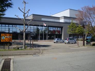 北秋田市鷹巣図書館の画像1