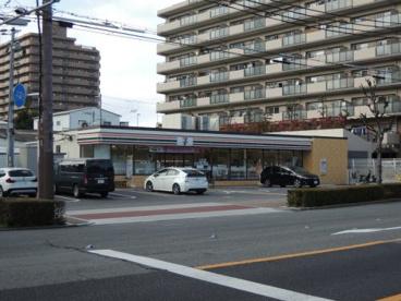 セブン‐イレブン 大阪友渕町3丁目店の画像2