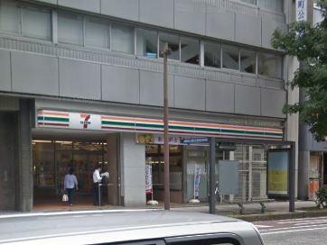 セブン‐イレブン 横浜尾上町3丁目店の画像1