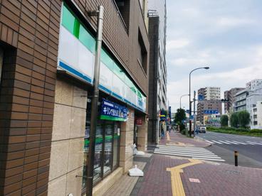 ファミリーマート 本駒込六丁目店の画像2