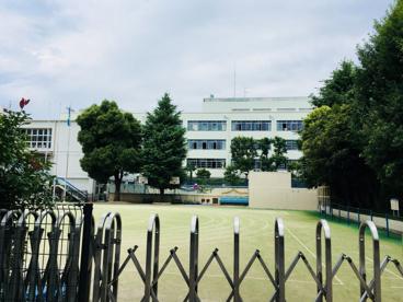 文京区立駕籠町小学校の画像2