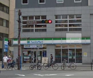 ファミリーマート横浜公園前店の画像1