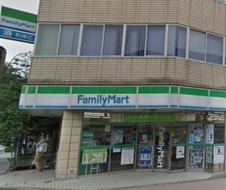 ファミリーマート 関内駅前店の画像1