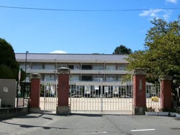 早島町立早島小学校の画像1