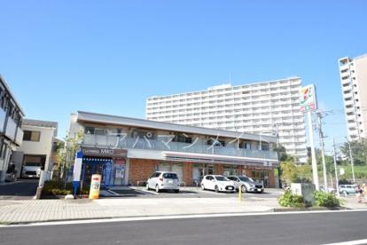 セブンイレブン横浜港南台店の画像1