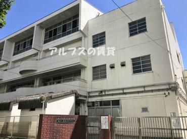 横浜市立横浜吉田中学校の画像1