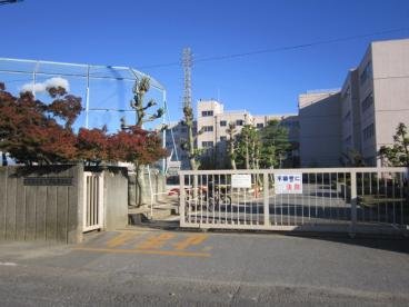 越谷市立宮本小学校の画像1