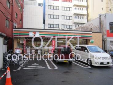 セブン-イレブン新越谷駅前通り店の画像1