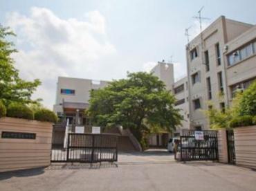 越谷市立富士中学校の画像1