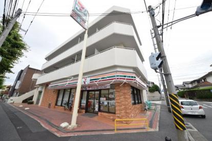 セブンイレブン横浜港南丸山台店の画像1