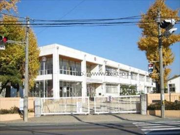 伊勢崎市立茂呂小学校の画像1