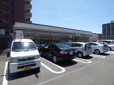 セブン-イレブン博多住吉橋店の画像1