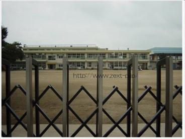 境東小学校の画像1